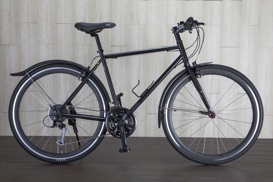 Szprychy rowerowe a sztywność kół