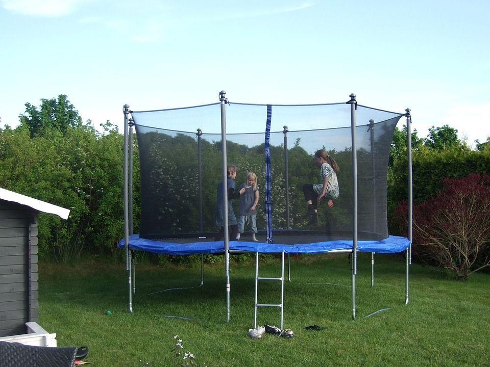 Jaka zewnętrzna siatka do trampoliny jest najlepsza?
